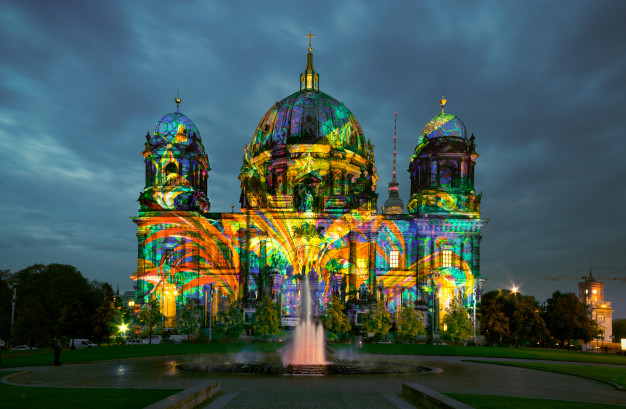 berlin-cathedral-night_87646-850