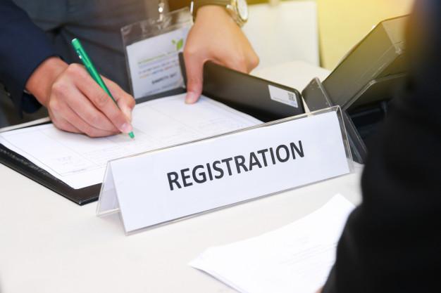 close-up-registration-desk-front-conference-center-12892-5%5B1%5D