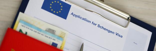 folder-with-documents-visa-passport_151013-17171